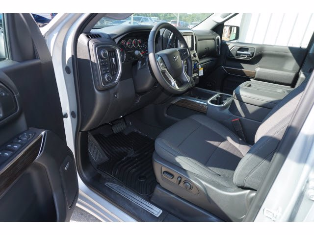 2020 Chevrolet Silverado 1500 Crew Cab 4x4, Pickup #204022 - photo 8