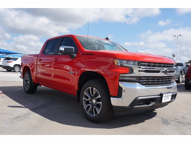 2020 Chevrolet Silverado 1500 Crew Cab 4x4, Pickup #204035 - photo 3