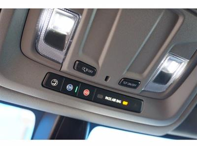 2020 Chevrolet Silverado 1500 Crew Cab 4x4, Pickup #204108 - photo 18
