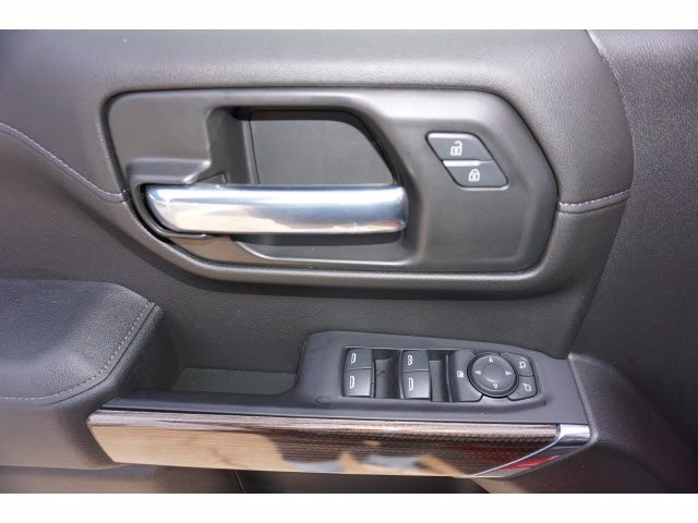 2020 Chevrolet Silverado 1500 Crew Cab 4x4, Pickup #204123 - photo 13
