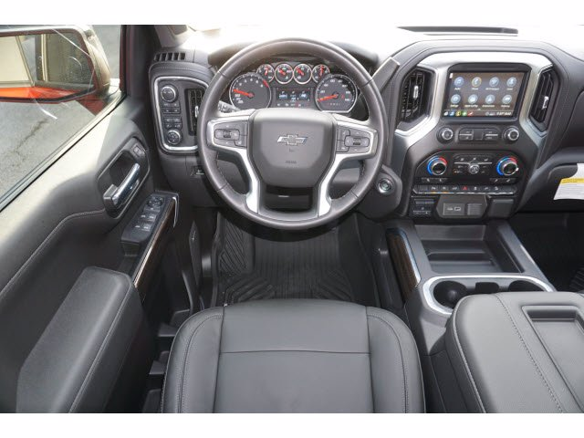 2020 Chevrolet Silverado 1500 Crew Cab 4x4, Pickup #204123 - photo 7