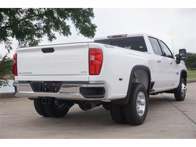 2020 Chevrolet Silverado 3500 Crew Cab 4x4, Pickup #204186 - photo 4