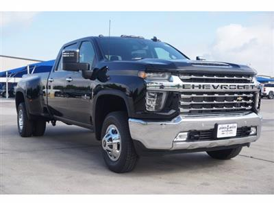 2020 Chevrolet Silverado 3500 Crew Cab 4x4, Pickup #204187 - photo 3