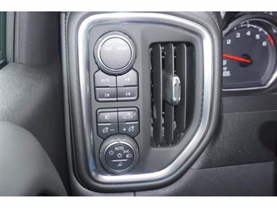 2020 Chevrolet Silverado 1500 Crew Cab 4x4, Pickup #204189 - photo 11