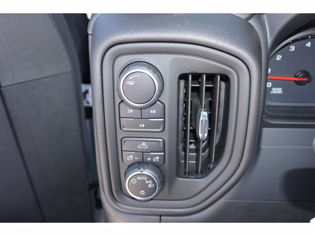 2020 Chevrolet Silverado 2500 Crew Cab 4x4, Pickup #204193 - photo 15