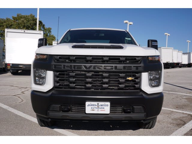 2020 Chevrolet Silverado 2500 Crew Cab 4x4, Pickup #204193 - photo 3