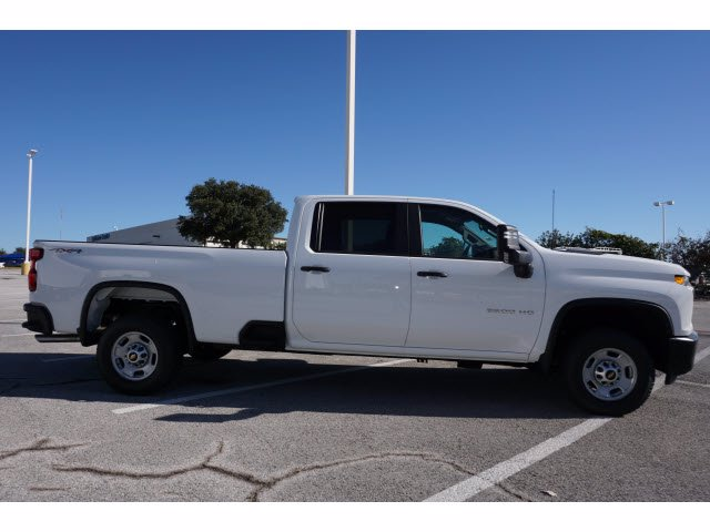 2020 Chevrolet Silverado 2500 Crew Cab 4x4, Pickup #204193 - photo 2