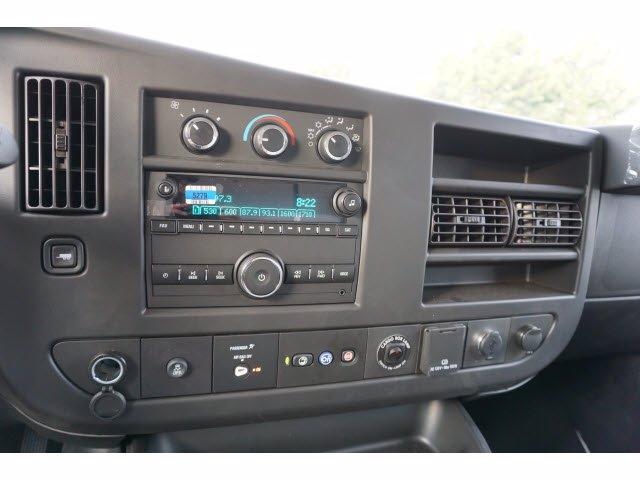 2020 Chevrolet Express 3500 RWD, Morgan Parcel Aluminum Cutaway Van #204196 - photo 13