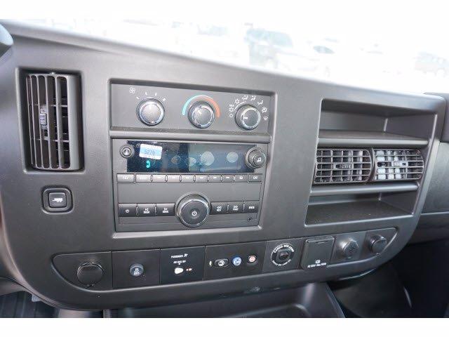 2020 Chevrolet Express 3500 RWD, Cutaway Van #204197 - photo 13