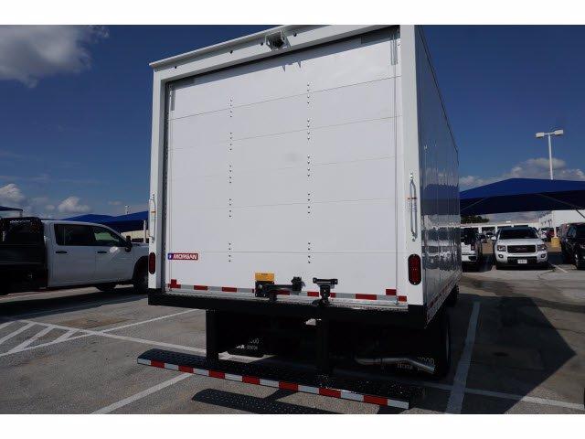 2020 Chevrolet Express 3500 RWD, Cutaway Van #204197 - photo 7