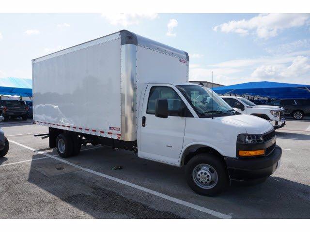 2020 Chevrolet Express 3500 RWD, Cutaway Van #204197 - photo 8