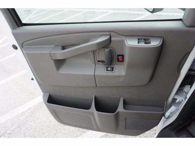 2020 Chevrolet Express 3500 RWD, Morgan Parcel Aluminum Cutaway Van #204198 - photo 13