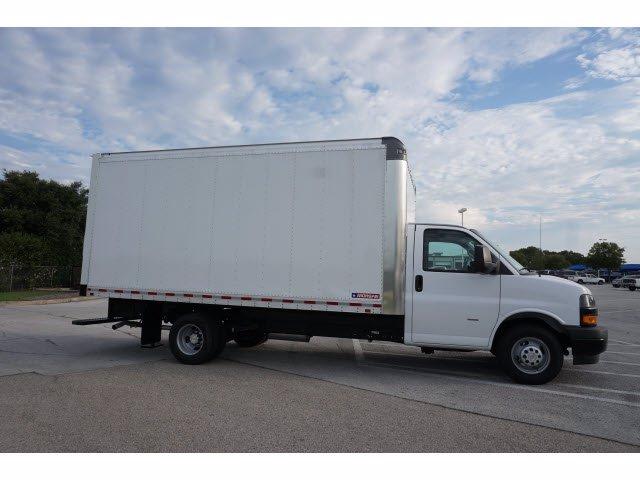 2020 Chevrolet Express 3500 RWD, Morgan Parcel Aluminum Cutaway Van #204198 - photo 5