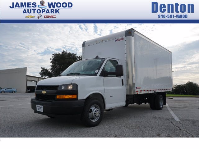 2020 Chevrolet Express 3500 RWD, Morgan Parcel Aluminum Cutaway Van #204199 - photo 1
