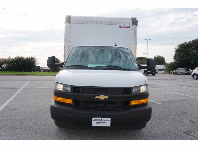 2020 Chevrolet Express 3500 RWD, Morgan Parcel Aluminum Cutaway Van #204199 - photo 3