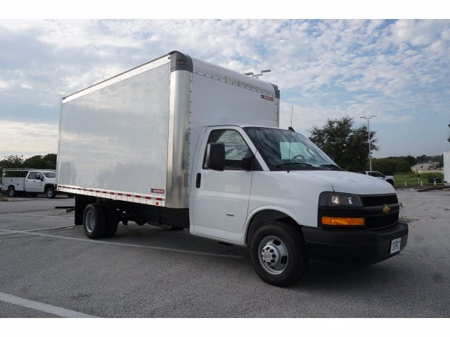2020 Chevrolet Express 3500 RWD, Morgan Parcel Aluminum Cutaway Van #204199 - photo 4