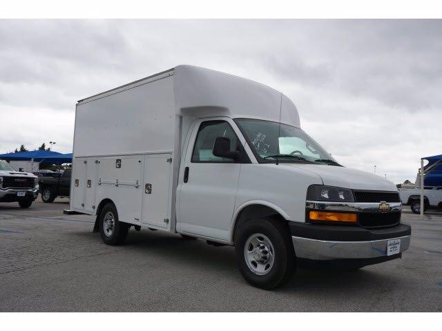 2020 Chevrolet Express 3500 RWD, Supreme Spartan Service Utility Van #204201 - photo 4