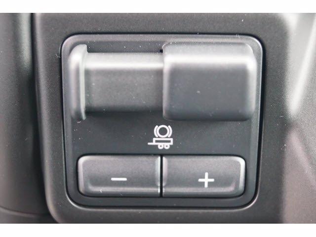 2020 Chevrolet Silverado 1500 Crew Cab RWD, Pickup #204281 - photo 11
