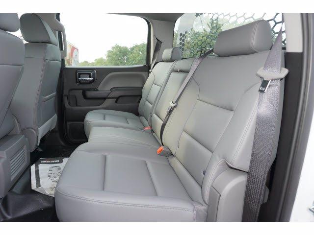2020 Chevrolet Silverado 5500 Crew Cab DRW RWD, Knapheide PGNB Gooseneck Platform Body #204363 - photo 11