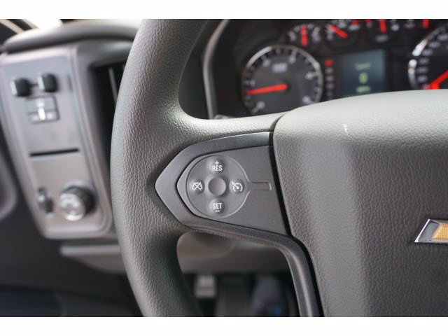 2020 Chevrolet Silverado 5500 Crew Cab DRW RWD, Knapheide PGNB Gooseneck Platform Body #204363 - photo 15