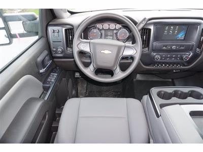 2020 Chevrolet Silverado 5500 Crew Cab DRW RWD, Knapheide PGNB Gooseneck Platform Body #204363 - photo 12