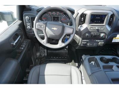 2020 Chevrolet Silverado 3500 Crew Cab DRW 4x4, Knapheide PGNB Gooseneck Platform Body #204521 - photo 12