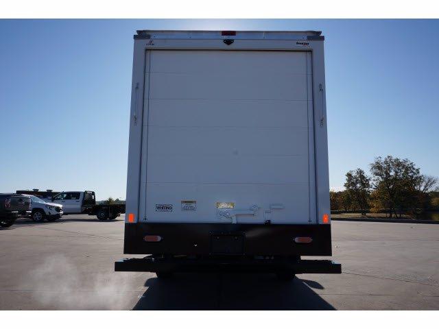 2020 Chevrolet Express 3500 4x2, Cutaway Van #204665 - photo 7