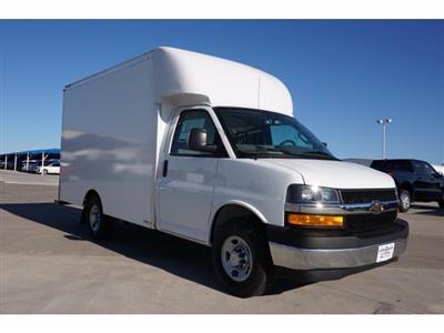 2020 Chevrolet Express 3500 4x2, Cutaway Van #204665 - photo 4