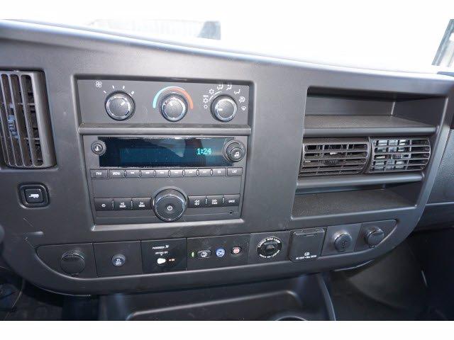 2020 Chevrolet Express 3500 4x2, Cutaway Van #204669 - photo 14