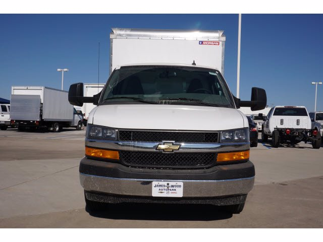 2020 Chevrolet Express 3500 4x2, Cutaway Van #204669 - photo 3