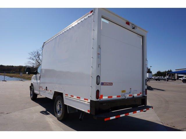 2020 Chevrolet Express 3500 4x2, Cutaway Van #204669 - photo 2