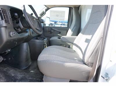 2020 Chevrolet Express 3500 4x2, Cutaway Van #204669 - photo 12