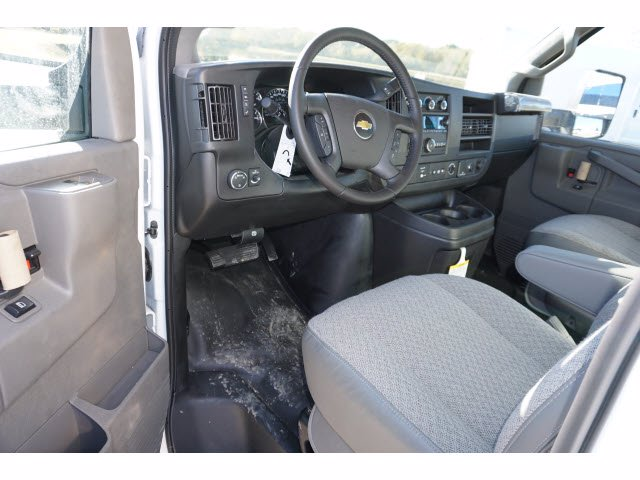 2020 Chevrolet Express 3500 4x2, Morgan Mini-Mover Cutaway Van #204672 - photo 13
