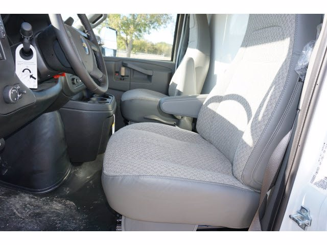 2020 Chevrolet Express 3500 4x2, Morgan Mini-Mover Cutaway Van #204672 - photo 14