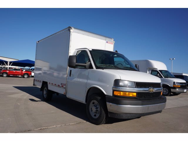 2020 Chevrolet Express 3500 4x2, Morgan Mini-Mover Cutaway Van #204672 - photo 4
