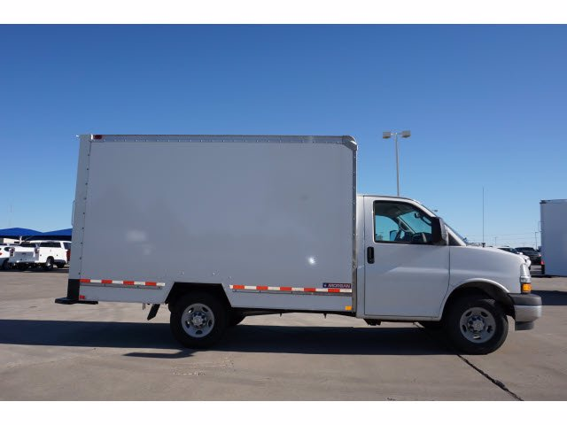 2020 Chevrolet Express 3500 4x2, Morgan Mini-Mover Cutaway Van #204672 - photo 5