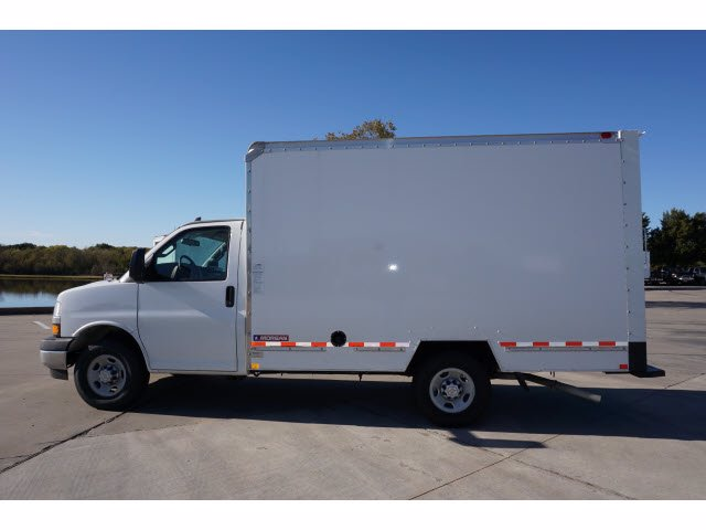 2020 Chevrolet Express 3500 4x2, Morgan Mini-Mover Cutaway Van #204672 - photo 8