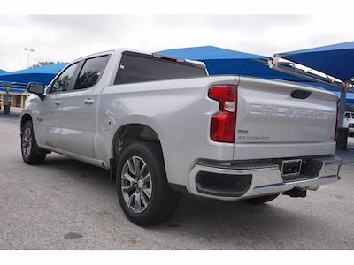 2019 Chevrolet Silverado 1500 Crew Cab 4x2, Pickup #204737B1 - photo 3