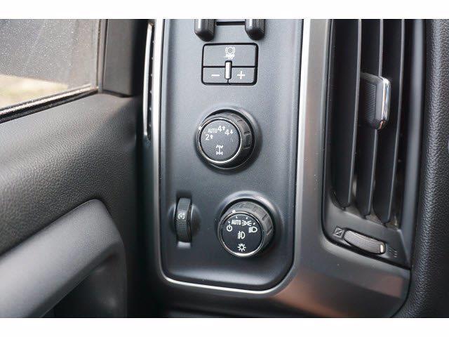 2017 Chevrolet Silverado 1500 Crew Cab 4x4, Pickup #204737C1 - photo 14