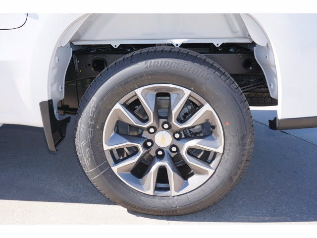 2021 Chevrolet Silverado 1500 Crew Cab 4x2, Pickup #210434 - photo 20