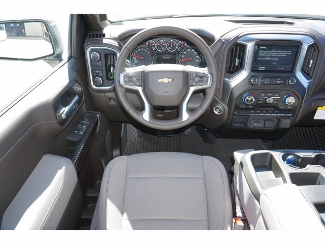 2021 Chevrolet Silverado 1500 Crew Cab 4x2, Pickup #210434 - photo 7