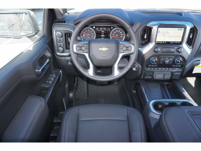 2021 Chevrolet Silverado 1500 Crew Cab 4x4, Pickup #210443 - photo 10
