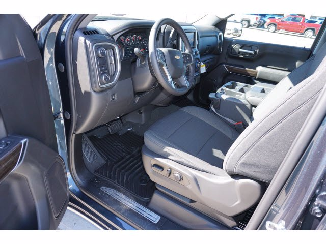 2021 Chevrolet Silverado 1500 Crew Cab 4x2, Pickup #210466 - photo 8