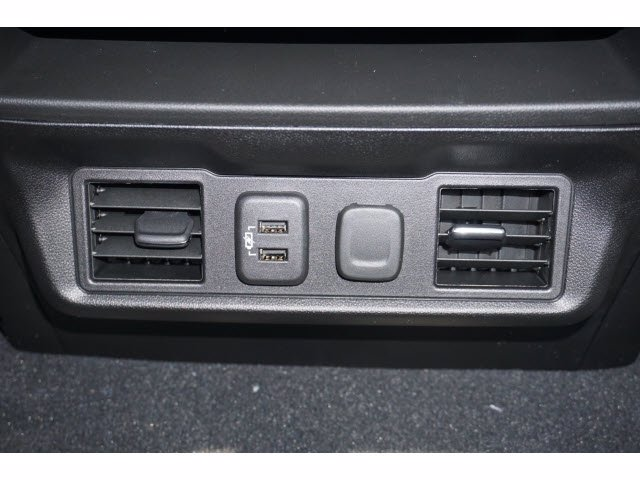 2021 Chevrolet Silverado 1500 Crew Cab 4x2, Pickup #210541 - photo 11
