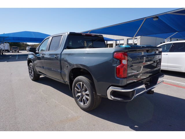 2021 Chevrolet Silverado 1500 Crew Cab 4x2, Pickup #210591 - photo 2