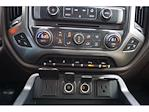 2018 Chevrolet Silverado 1500 Crew Cab 4x4, Pickup #210686A1 - photo 10