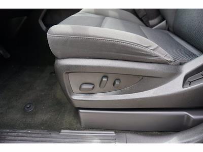2017 Chevrolet Silverado 1500 Crew Cab 4x2, Pickup #210772C1 - photo 18