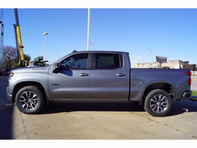 2021 Chevrolet Silverado 1500 Crew Cab 4x2, Pickup #211089 - photo 3