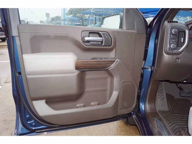2021 Chevrolet Silverado 1500 Crew Cab 4x2, Pickup #211116 - photo 12