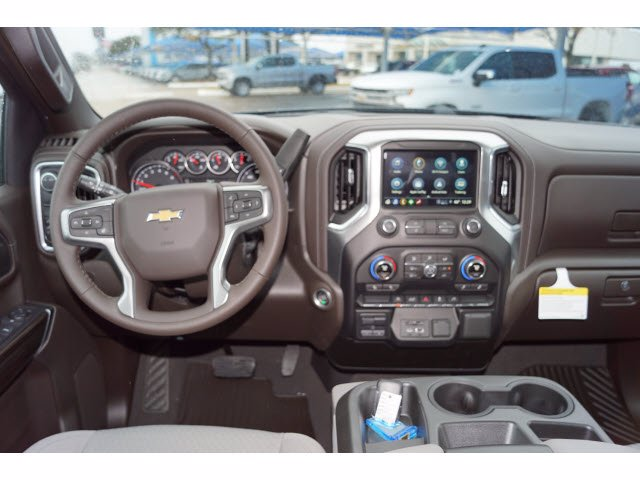 2021 Chevrolet Silverado 1500 Crew Cab 4x2, Pickup #211116 - photo 4